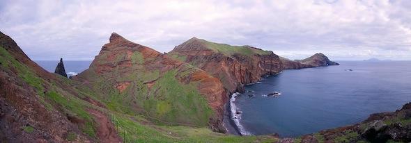 Madeira - Walking Ponta Sao Lourenco 1 - by Simon Zino 590pxs