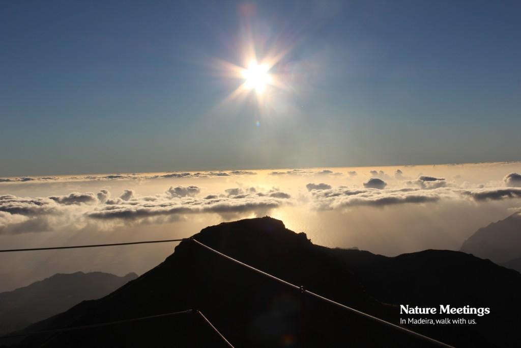 Nascer do Sol no Pico Ruivo Madeira